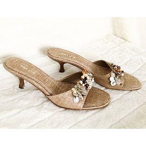 UNISA CADEE Sz 8M Embellished Fabric Slide Sandal